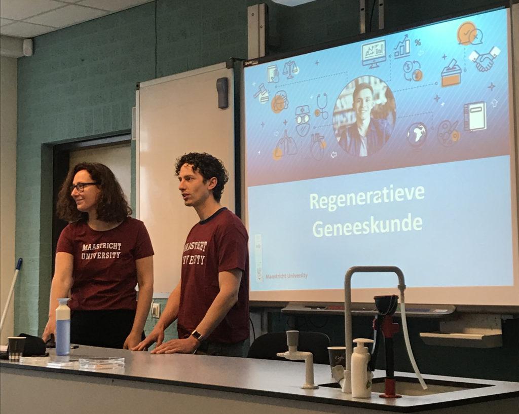 MERLN onderzoekers geven een presentatie